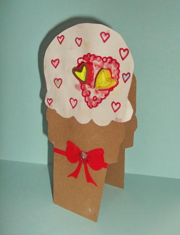 листівка валентинка морозиво